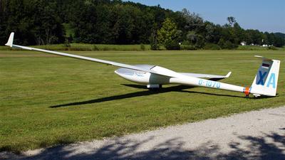 D-1070 - DG Flugzeugbau DG-300 - Luftsportclub Pfarrkirchen