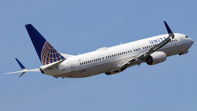 A picture of N37462 - Boeing 737924(ER) - United Airlines - © Alberto Cucini