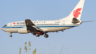 A picture of B2700 - Boeing 73779L - Air China - © HXD3D-0080