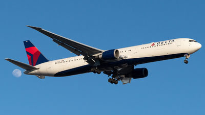 A picture of N838MH - Boeing 767432(ER) - Delta Air Lines - © Luis Bastardo