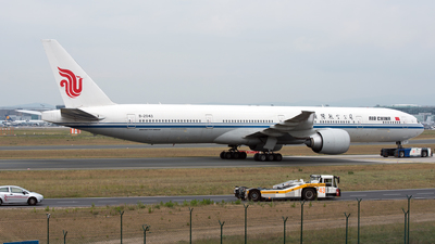 B-2043 - Boeing 777-39LER - Air China