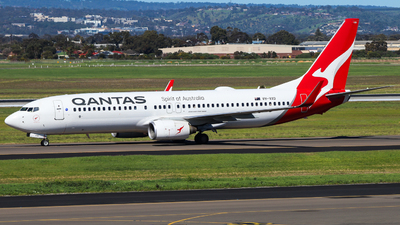 A picture of VHVXD - Boeing 737838 - Qantas - © Chow Kin Hei