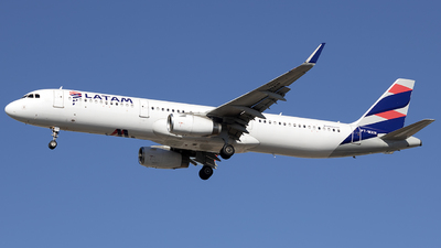 A picture of PTMXN - Airbus A321231 - LATAM Airlines - © Rafael Ferreira