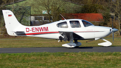 D-ENWM - Cirrus SR20 - Private