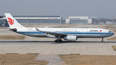 B-5913 - Airbus A330-343 - Air China