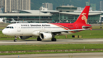 B-6392 - Airbus A320-214 - Shenzhen Airlines
