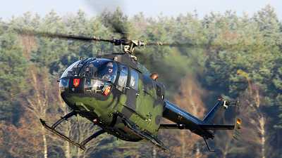 86-95 - MBB Bo105P1 - Germany - Army
