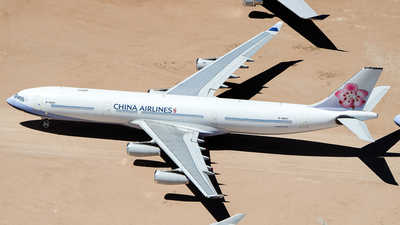 B-18807 - Airbus A340-313X - China Airlines