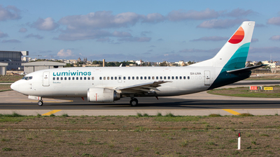 SX-LWA - Boeing 737-330 - Lumiwings