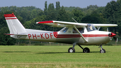 PH-KDF - Cessna 150L - Private