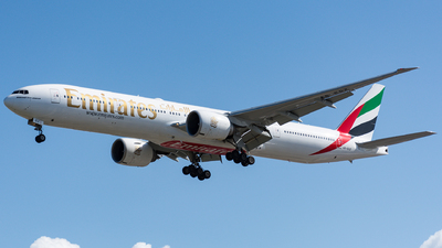 A6-EGZ - Boeing 777-31HER - Emirates