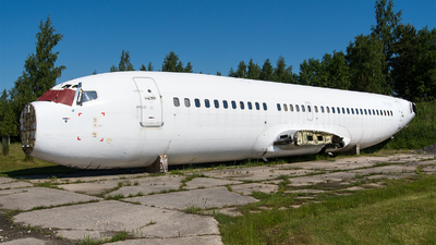 LY-LGC - Boeing 737-382 - Untitled
