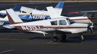 A picture of N4313J - Piper PA28140 - [2822686] - © Frank Buschmann