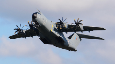 0102 - Airbus A400M - France - Air Force