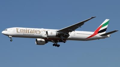 A picture of A6ENJ - Boeing 77731H(ER) - Emirates - © Timothy Brandt