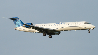 A picture of N501GJ - Mitsubishi CRJ550 - United Airlines - © Connor Cummings