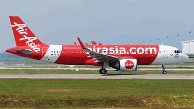 A picture of 9MAGE - Airbus A320251N - AirAsia - © Vicknesh PS