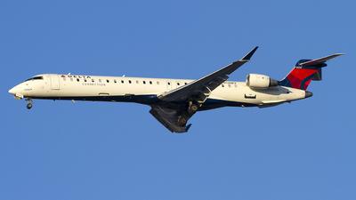 A picture of N138EV - Mitsubishi CRJ900LR - Delta Air Lines - © Jeremy D. Dando