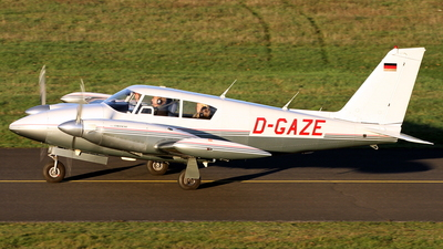 D-GAZE - Piper PA-30-160 Twin Comanche - Private