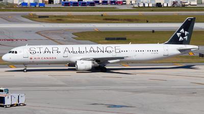 A picture of CGITU - Airbus A321211 - Air Canada - © Davin Amy