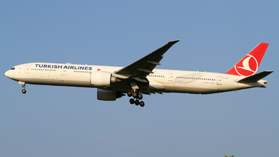 A picture of TCJJN - Boeing 7773F2(ER) - Turkish Airlines - © M.T