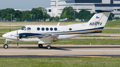 N310TX - Beechcraft 300 Super King Air - Private