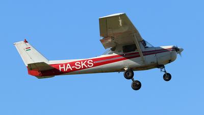 HA-SKS - Cessna 152 II - Private