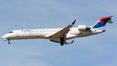N740EV - Bombardier CRJ-701ER - Delta Connection (ExpressJet Airlines)