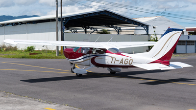 TI-AGO - Cessna 177 Cardinal - Escuela Costarricense de Aviación (ECDEA)
