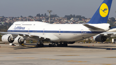 A picture of DABYT - Boeing 747830 - Lufthansa - © Fabricio Lucio