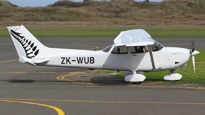A picture of ZKWUB - Cessna 172R Skyhawk - Air Arabia Abu Dhabi - © J. Williams
