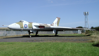 XL319 - Avro 698 Vulcan B.2 - United Kingdom - Royal Air Force (RAF)