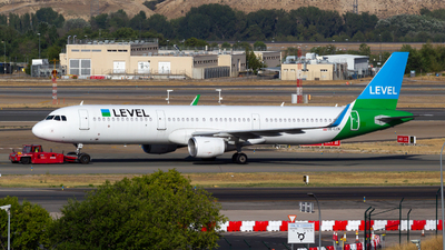 OE-LCN - Airbus A321-211 - Level (Level Europe)