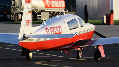 D-EGSD - Mooney M20R Ovation - Private