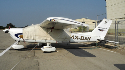 4X-DAY - Cessna 177B Cardinal - Private