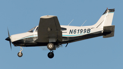 A picture of N6199B - Piper PA28161 - [287916095] - © Yixin Chen