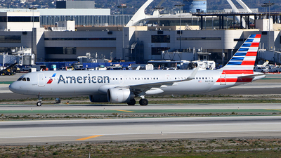 A picture of N417AN - Airbus A321253NX - American Airlines - © Rocky Wang