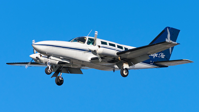 A picture of N3249M - Cessna 402C - Cape Air - © Miles Aronovitz
