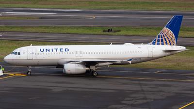 N467UA - Airbus A320-232 - United Airlines