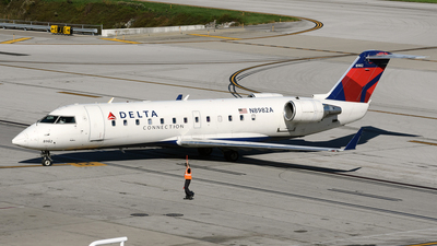 A picture of N8982A - Mitsubishi CRJ200LR - Delta Air Lines - © DJ Reed - OPShots Photo Team