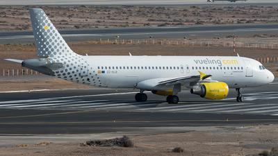 A picture of ECKLB - Airbus A320214 - Vueling - © Adolfo Bento de Urquía