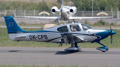A picture of OKCPB - Cirrus SR22TGTS - [0993] - © Eric Verplanken