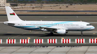 555 - Airbus A320-214(CJ) Prestige - Oman - Royal Air Force