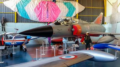 225 - Dassault Mirage 3B - France - Air Force