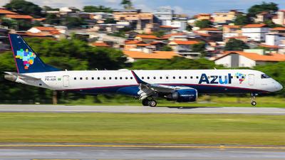 A picture of PRAUK - Embraer E195AR - Azul Linhas Aereas - © Gabriel Wallace