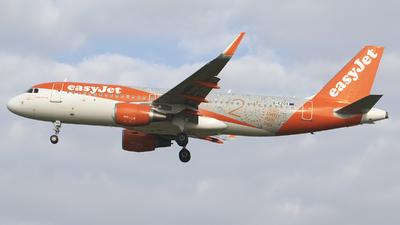G-EZOX - Airbus A320-214 - easyJet