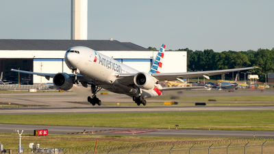 A picture of N752AN - Boeing 777223(ER) - American Airlines - © Yan777