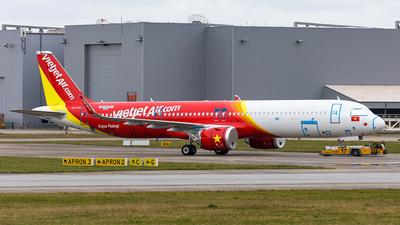 D-AVZY - Airbus A321-271NX - VietJet Air