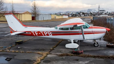 TF-TPB - Cessna 172M Skyhawk - Private