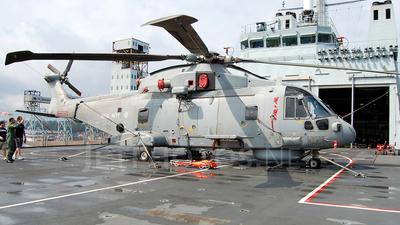 ZH833 - Agusta-Westland Merlin HM.1 - United Kingdom - Royal Navy
